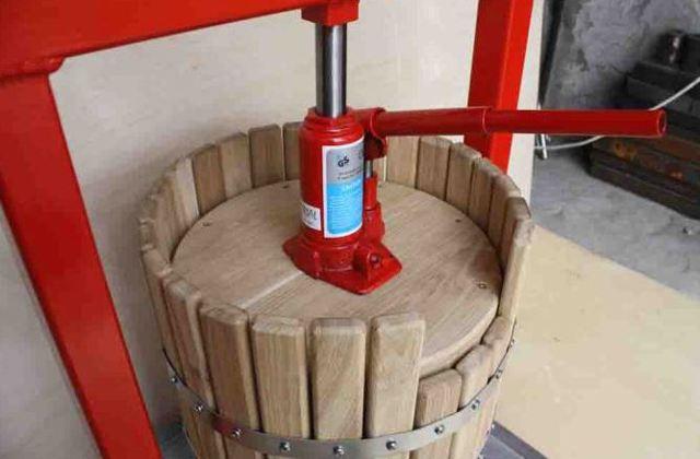 Пресс для отжима сока: виды и изготовление ручного пресса для яблок, винограда и ягод своими руками